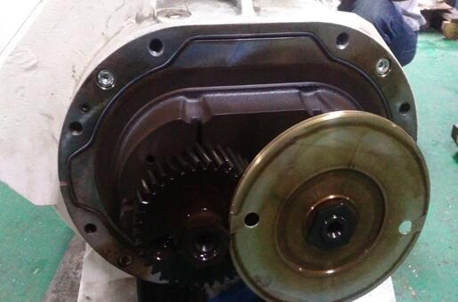 维修莱宝罗茨型真空泵WAU2001